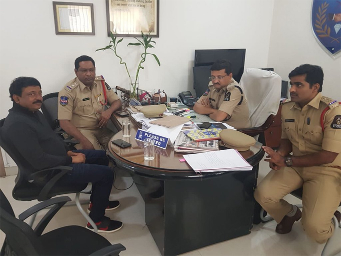 Ram Gopal Varma Appears Before CCS Police in Hyderabad